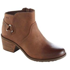 SALE!! New Teva Foxy Boots Size 9.5